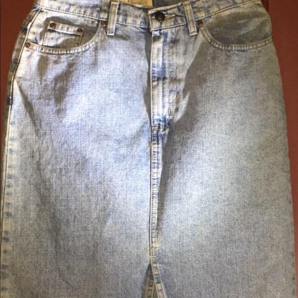 St. John's Bay Dresses & Skirts - St. John's bay denim  med stone wash denim skirt